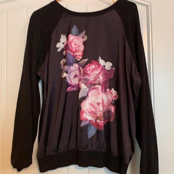 Size 0 Torrid silk shirt